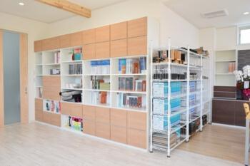 宇都宮市の工務店エスホームのお家の色を決める部屋