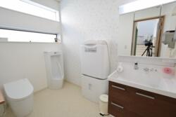 宇都宮市の工務店エスホームのトイレ